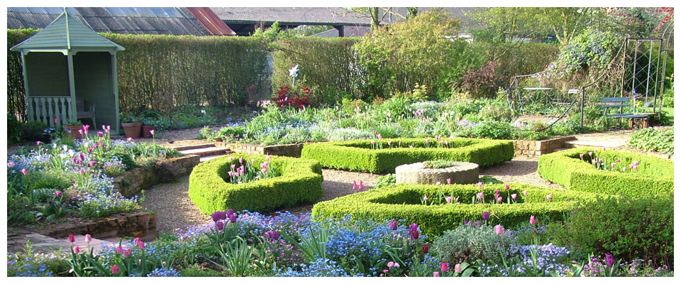 Hall Farm Garden, public gardens and holiday cottage, Gainsborough, Lincolnshire